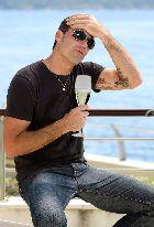 14 июля. Жара, шампанское, Мэттью