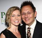 Майкл Эмерсон с супругой